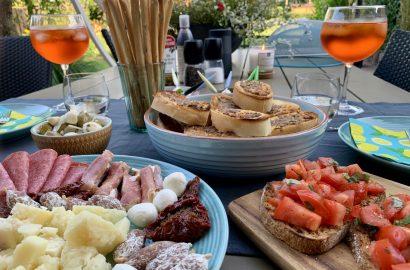 aperitivo apericena Italiaanse hapjes en drankjes