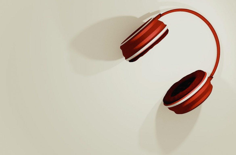 podcast tips luisteren koptelefoon
