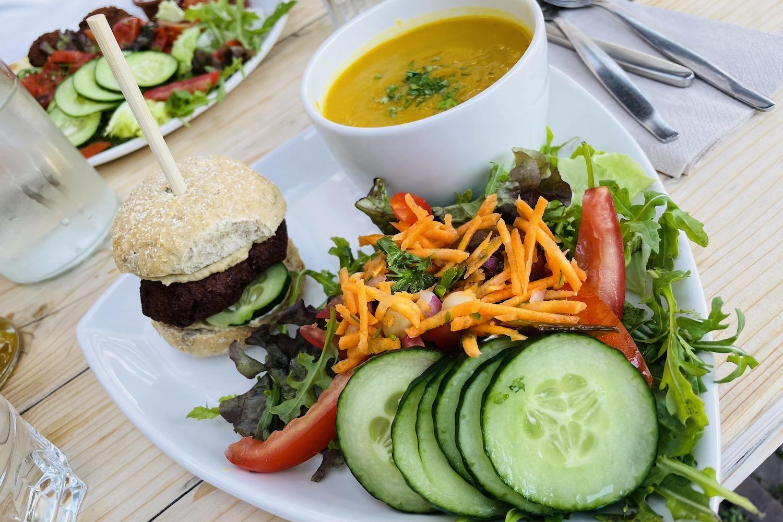 Logica trio vegan eten in Leiden